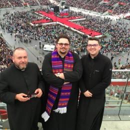 Parafia Kościoła Rzymsko Katolickiego pw. śś. Piotra i Pawła w Kruszwicy - Młodzi na rekolekcjach w Warszawie