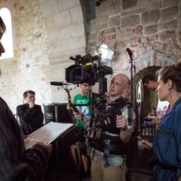 Parafia Kościoła Rzymsko Katolickiego pw. śś. Piotra i Pawła w Kruszwicy - Ekipa filmowa w Kolegiacie